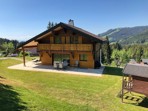 Spacious chalet for Families with beautifull view.