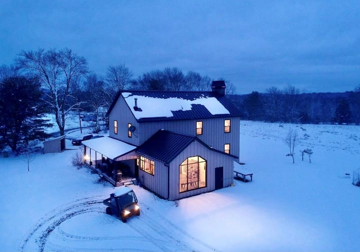 Crisp country air @ Catskills Estate on 25 Acres