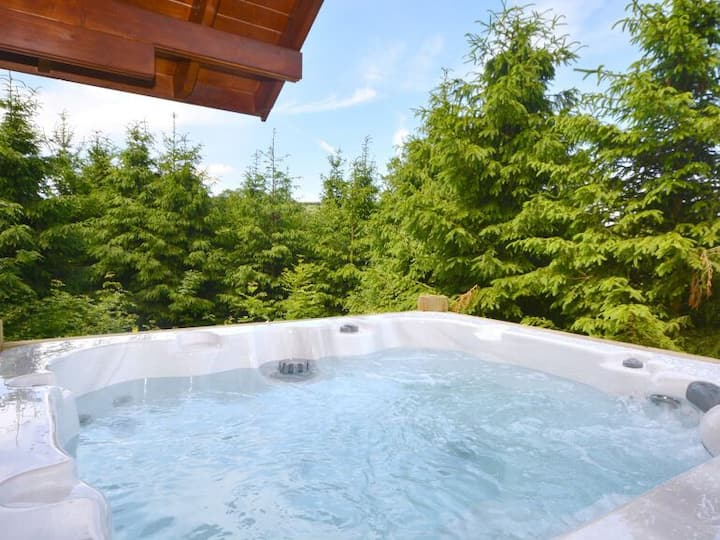 Rawlsbury Lodge, Dorset - hot tub, stunning views