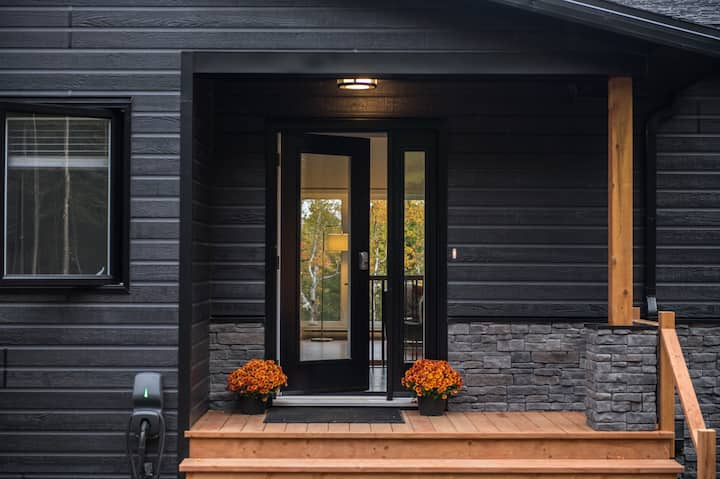 Rezervë | Okanagan Cottage at Domaine Charlevoix