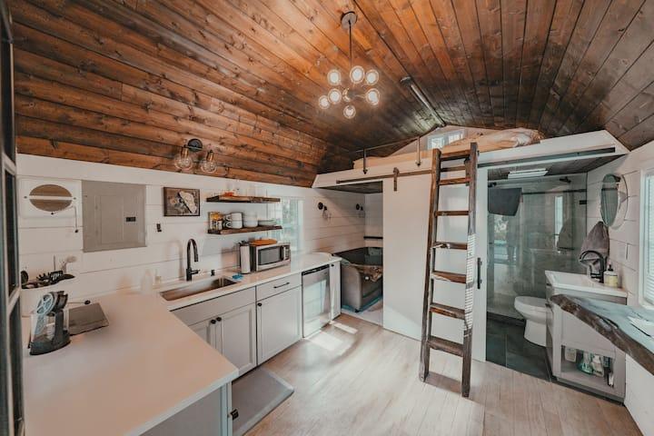 Thoreau - luxury tiny cabin in nature