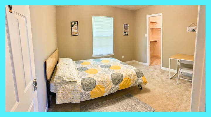Private Cozy Clean Rm2 @Quiet safe community Plano