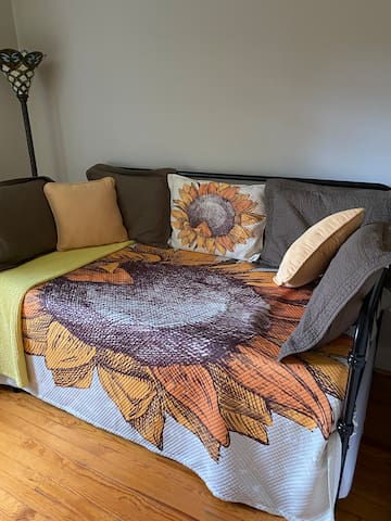 Second bedroom with twin trundle bed.