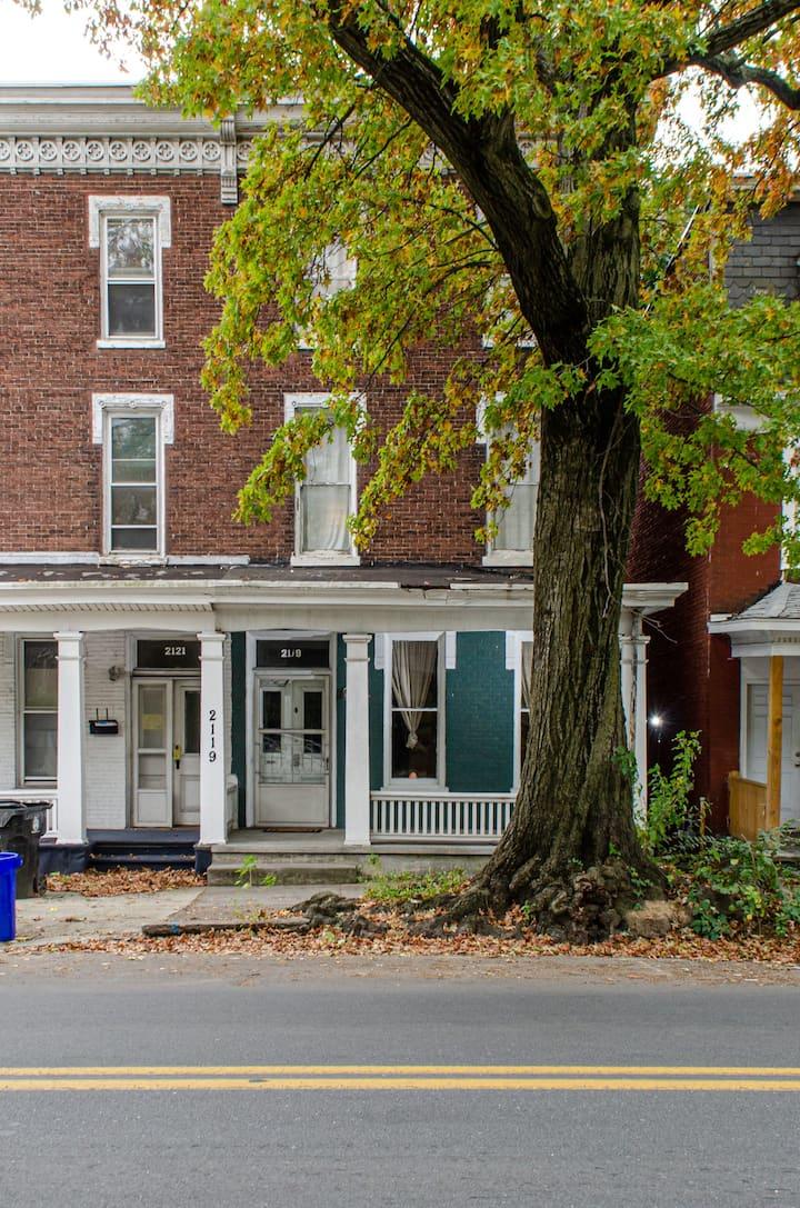 Harrisburg R&R House // Coed Rm 1-Dorm Bed 2 (top)