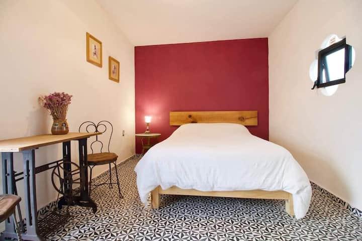 """Hermosa suite privada """"COLOMBIA"""" en Casa Holistica"""