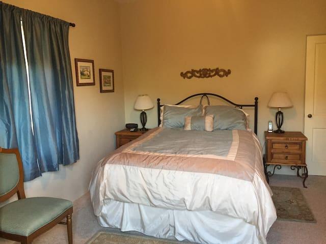 Bedroom Apt 4