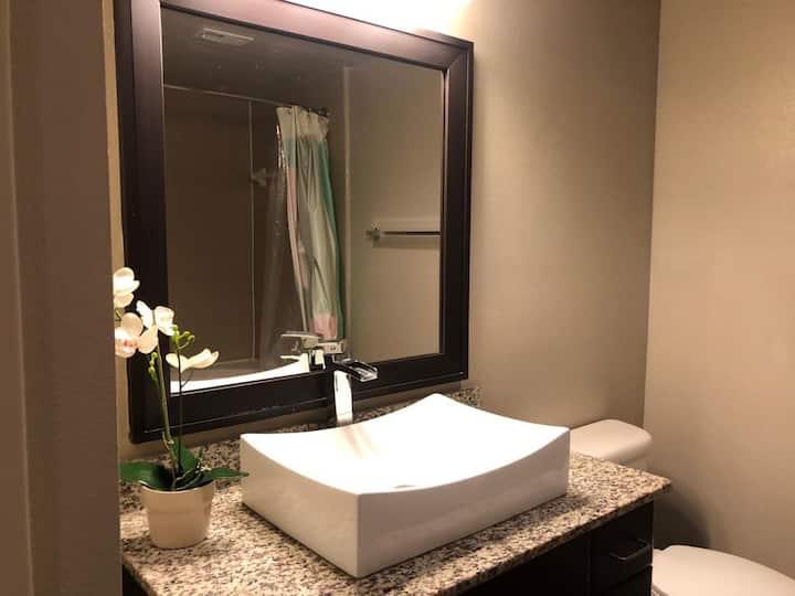 1 Bedroom - Austin Luxury Apartment