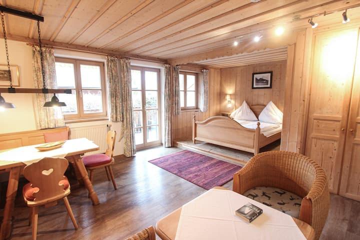 Nr.2 modernes Appartement direkt am See