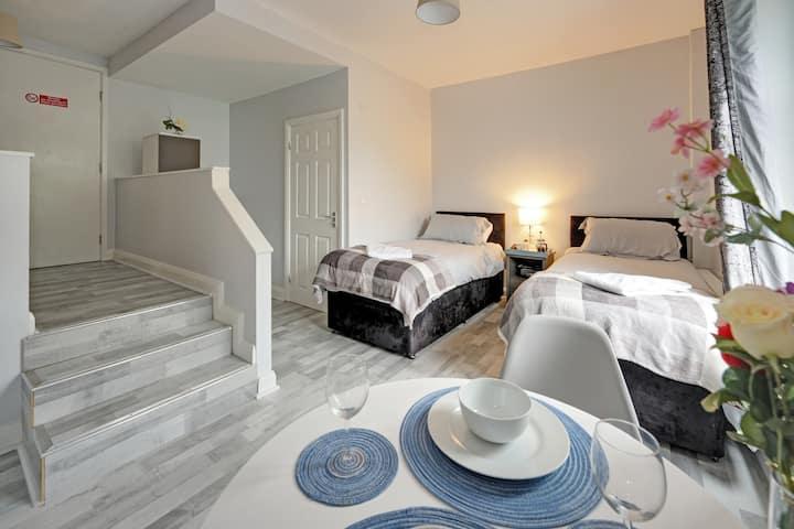 Grey Stone Studio Apartment B