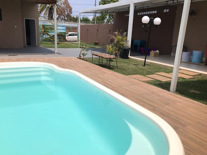 Casa inteira, piscina, quarto exclusivo