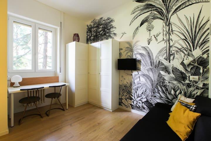 Apartment with swimmingpool & tennis. Naba & Iulm