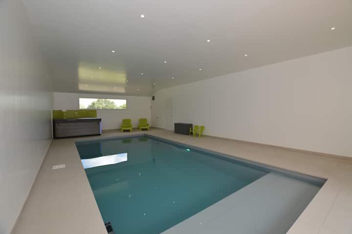 Grand gîte 15P, avec piscine, SPA, salle de jeux