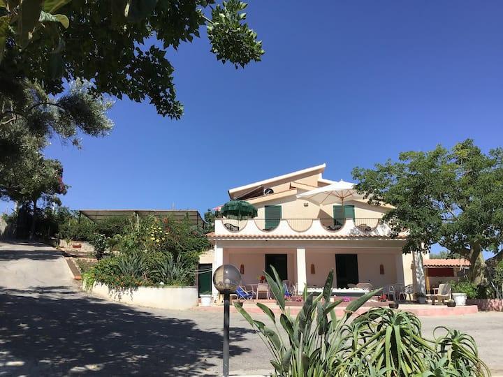 """Casa vacanze """"Villa Milianni"""""""