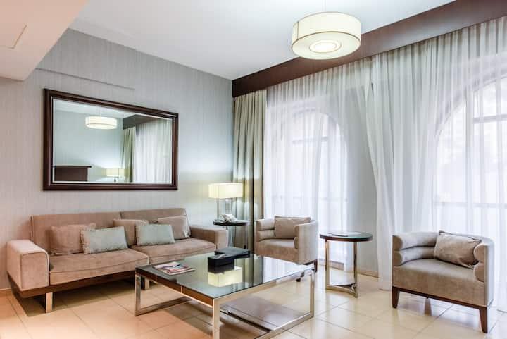 01 Bedroom Apartment  at Jumeirah Beach Residence