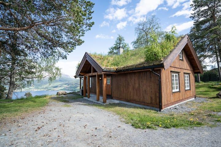 Roset panorama Runebu. Flott hytte i fin natur