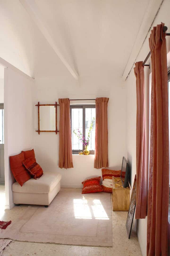 Pretty house with terrace 400 m from the beach
