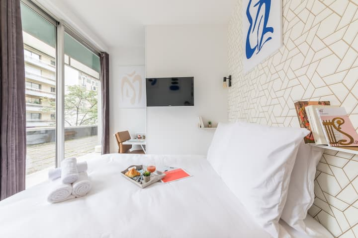 Tour Eiffel - Saint-Charles 12: cosy flat for 2