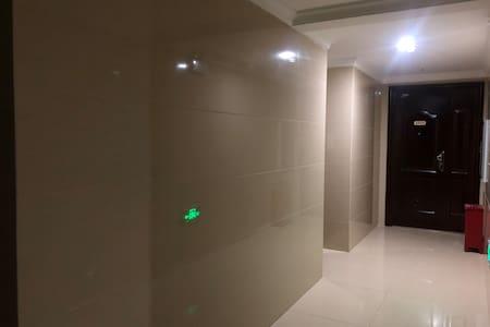 楼道有感应灯