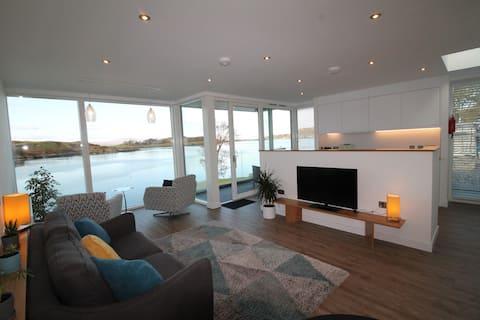 4 Kilbowie Shore-appartement met fantastisch uitzicht op zee