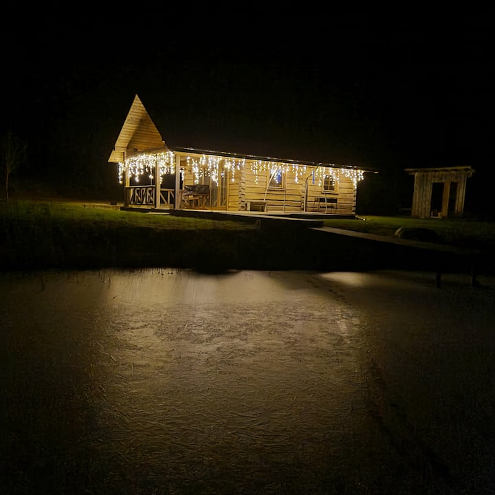Haus für eine Familie am See mit Sauna