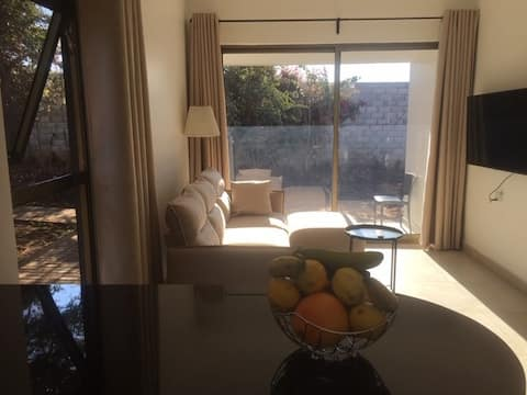 !! The ranch - Superb serviced apartment & garden