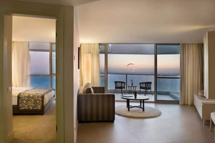 Luxury Suite in the Ramada Hotel & SPA in Netanya