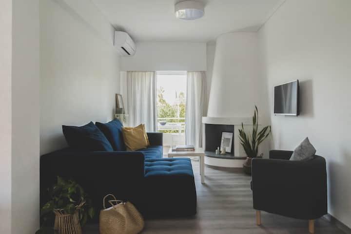 Riviera - fully renovated elegant two-bedroom apt