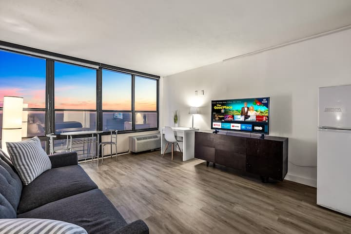 Oceanfront Studio with Views, Amazon Fire TV