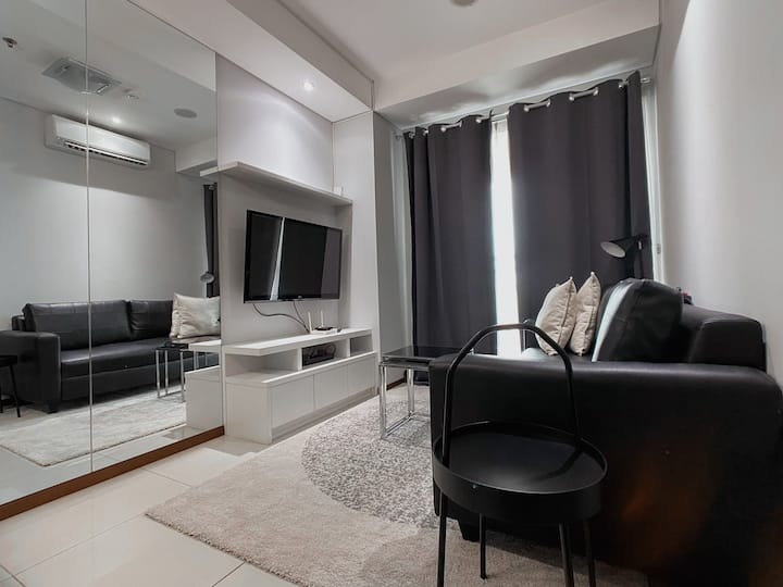 Thamrin Executive. Best for Staycation & Long Stay
