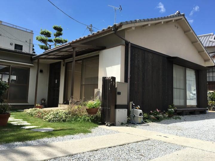 ≪Ryu-chan House≫★長屋門が目印★四国遍路道屋島寺、八栗寺近く★日本家屋の一軒家貸切り