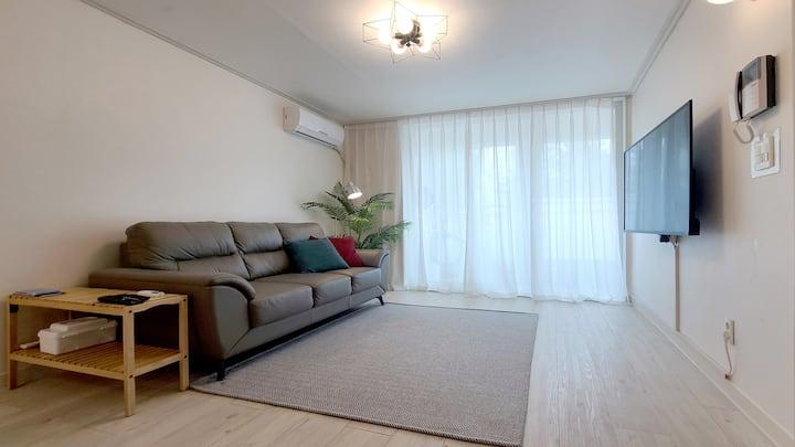휘닉스파크 도보5분 전망좋은 아파트 / 리모델링 21평(청소비 환불)