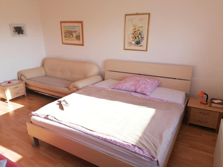 Apartment Booky 1
