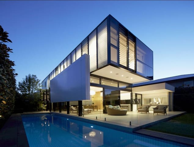 Mount Olympus 5B Modern DREAM HOUSE