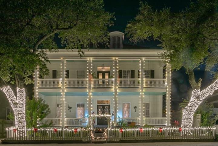 Historic Adams Mansion - Magnolia Suite