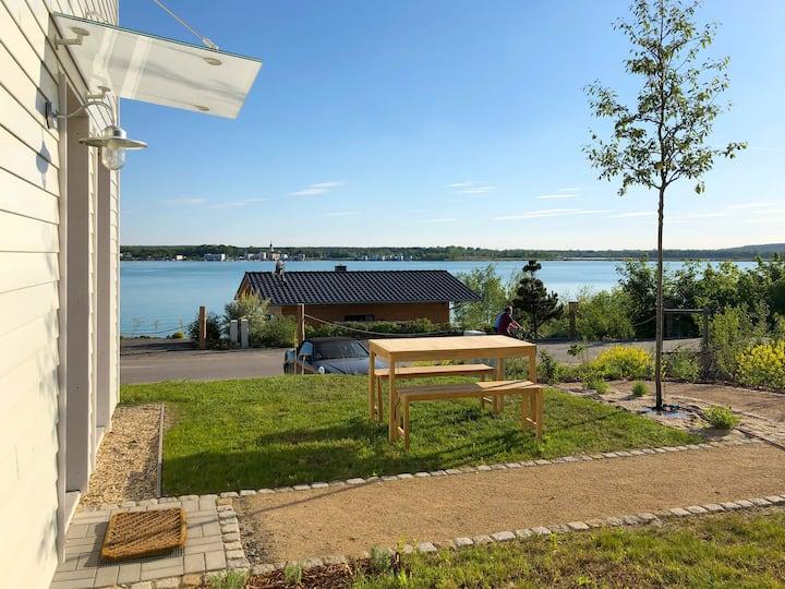 Haus im Schilf - Ferienwohnung 1 am Hainer See