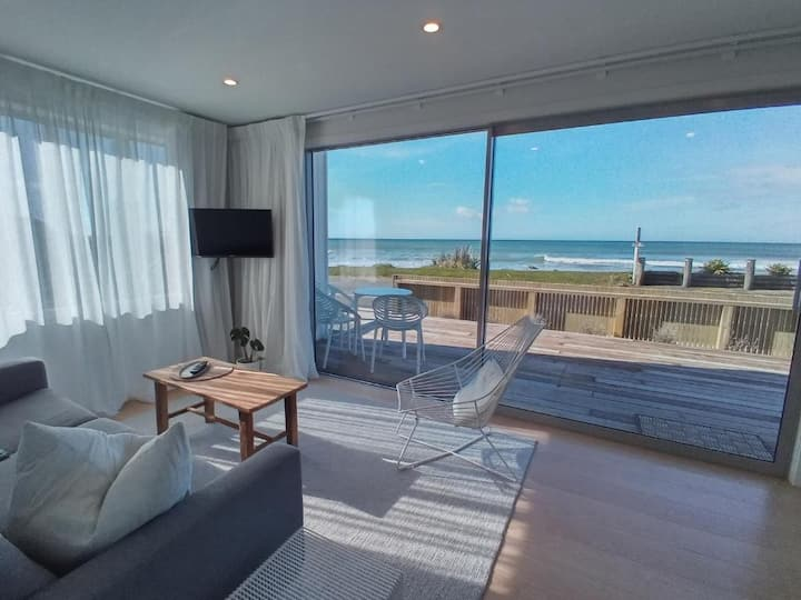 Seascape Beachside Apartment A