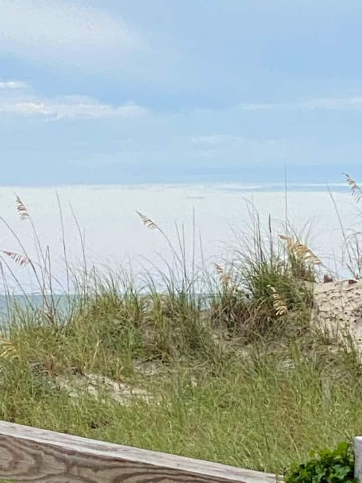 Adorable beach hideaway