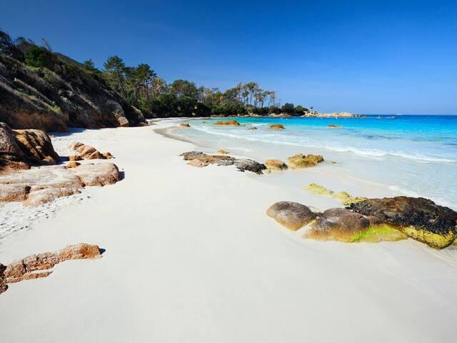 Mini villa de 50+15M2 mezza à 150 m plage d'AGOSTA
