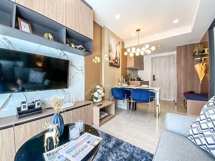 New luxury private condo with pool