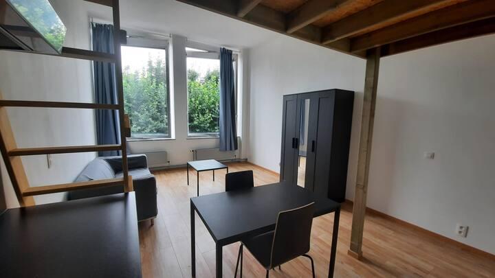 Spacieux studio