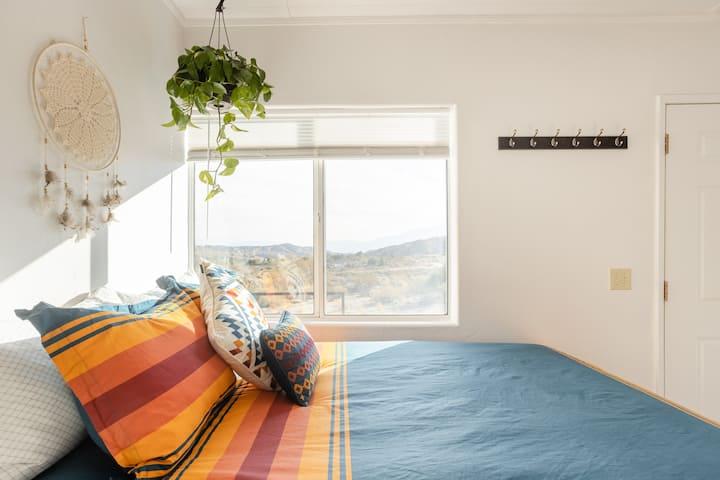 The Big Morongo Tiny House - High Desert Retreat