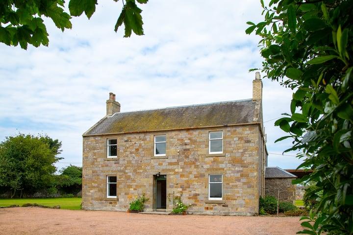 The Rhynd Farmhouse
