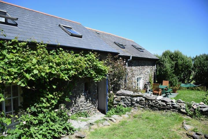 Beautiful Coastal Cottage West Cork