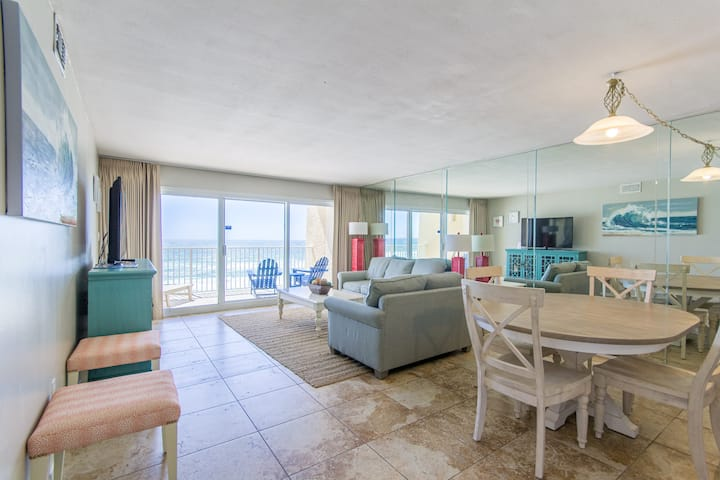 B504 - Beautiful 1BR/1BA Overlooking the Beach