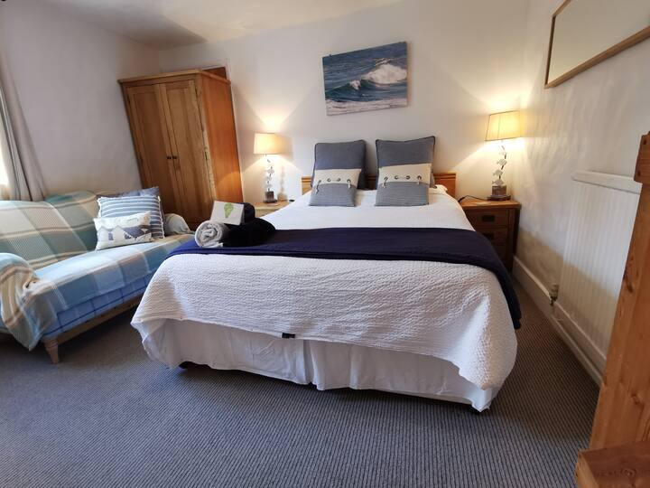 Anchorage Wells, Rooms B&B and Apartments