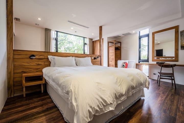 樂·隨逸館 La Suite 豪華雙人房101(提供包棟及加床服務)