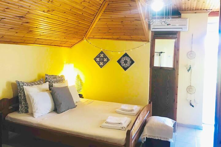 Attic Boho apartment in Central Leptokarya