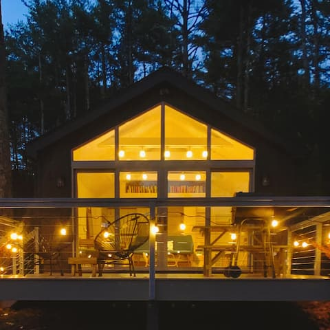 "Catskill Mountain Waterfront Getaway ""Elve Huset"""