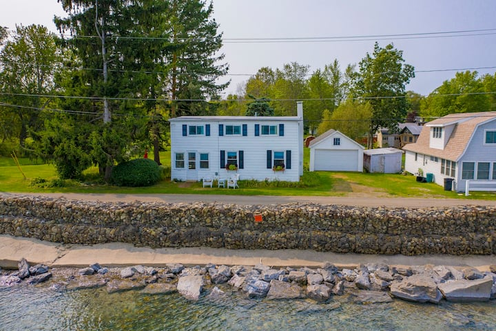 Vintage Lakefront Home in Historic Van Buren Point