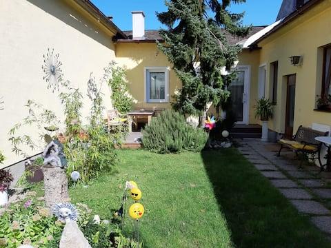 Wunderschönes Gartenapartment  in Zentrumsnähe